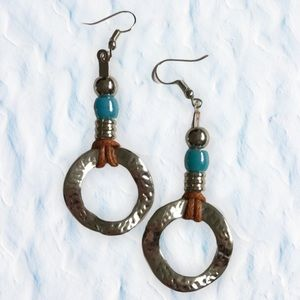 🌸2/$10 Leather Spiral hammered silver earrings!